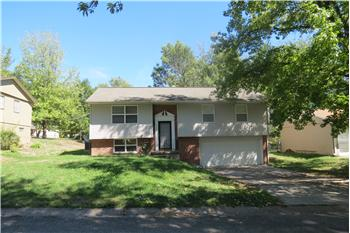  2303 Park Avenue, St Joseph, MO
