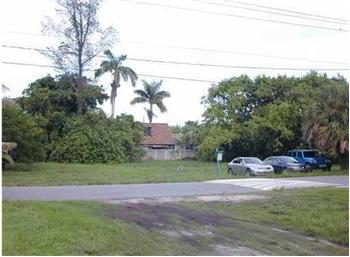 35 SE 1 Ave, Dania Beach, FL