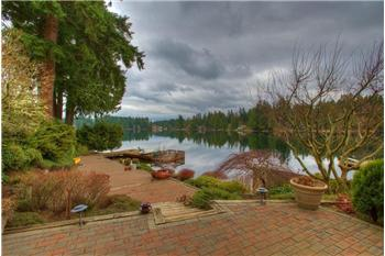 2424 215th Ave SE, Sammamish, WA