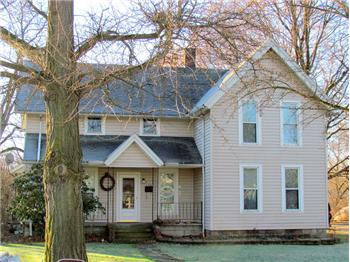 138 W Martin St, Amherst, OH
