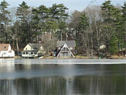 95 Lake St, Wrentham, MA