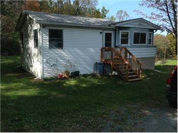 106 Peifer Rd, Lake Ariel, PA