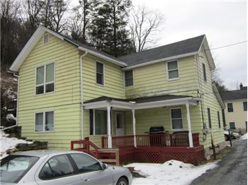 112 Bellemonte Ave, Hawley, PA