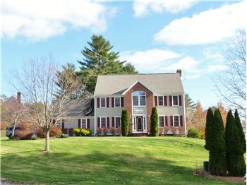 1  Doe Drive, Franklin, MA